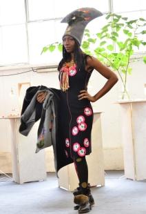 mannequin Laure Nbangono